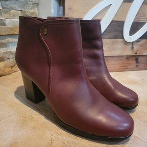 Clarks Women's Halia Perch Leather Boot Burgundy S